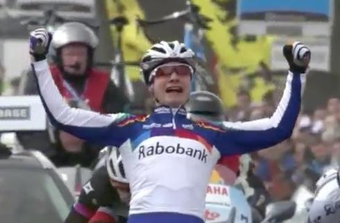 Marianne Vos wins Tour of Flanders 2013 (source UCI YouTube video)