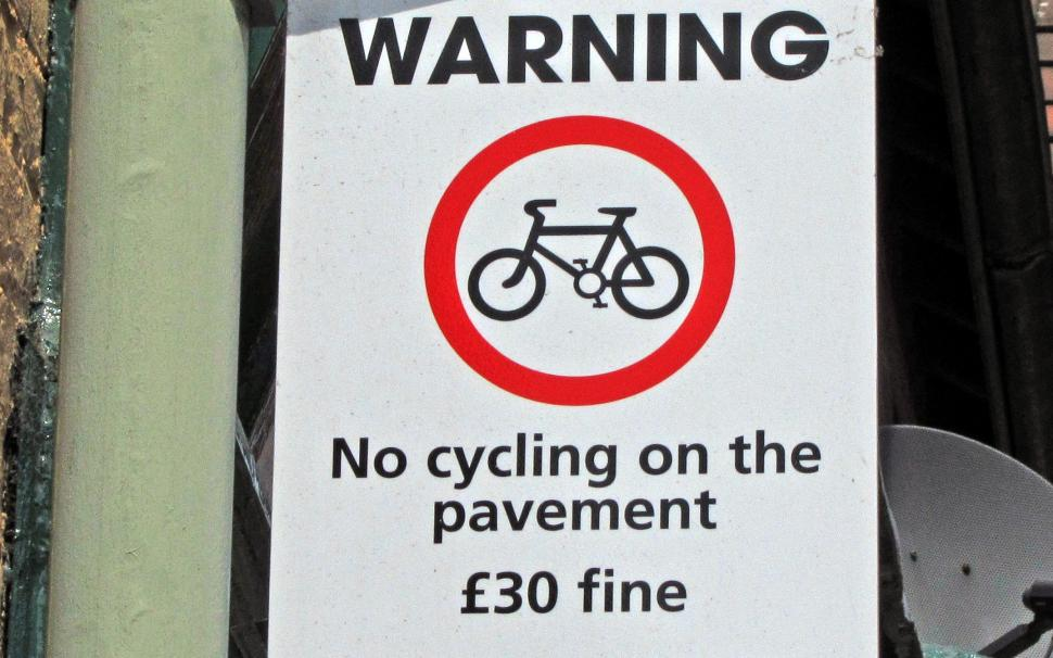 Big Drop In Number Of London Pavement Cycling Fines Road Cc
