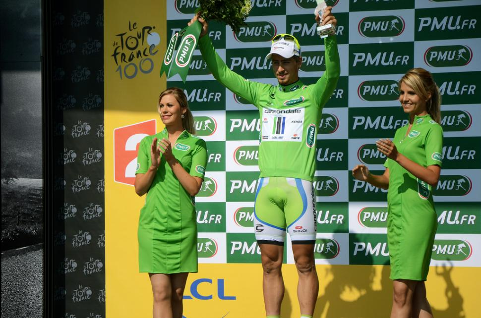 Peter Sagan.Note podium girls staying out of reach. (copyright paintnothing:Flickr)
