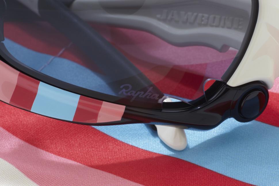 Rapha-Focus Cyclocross Oakley Jawbones detail