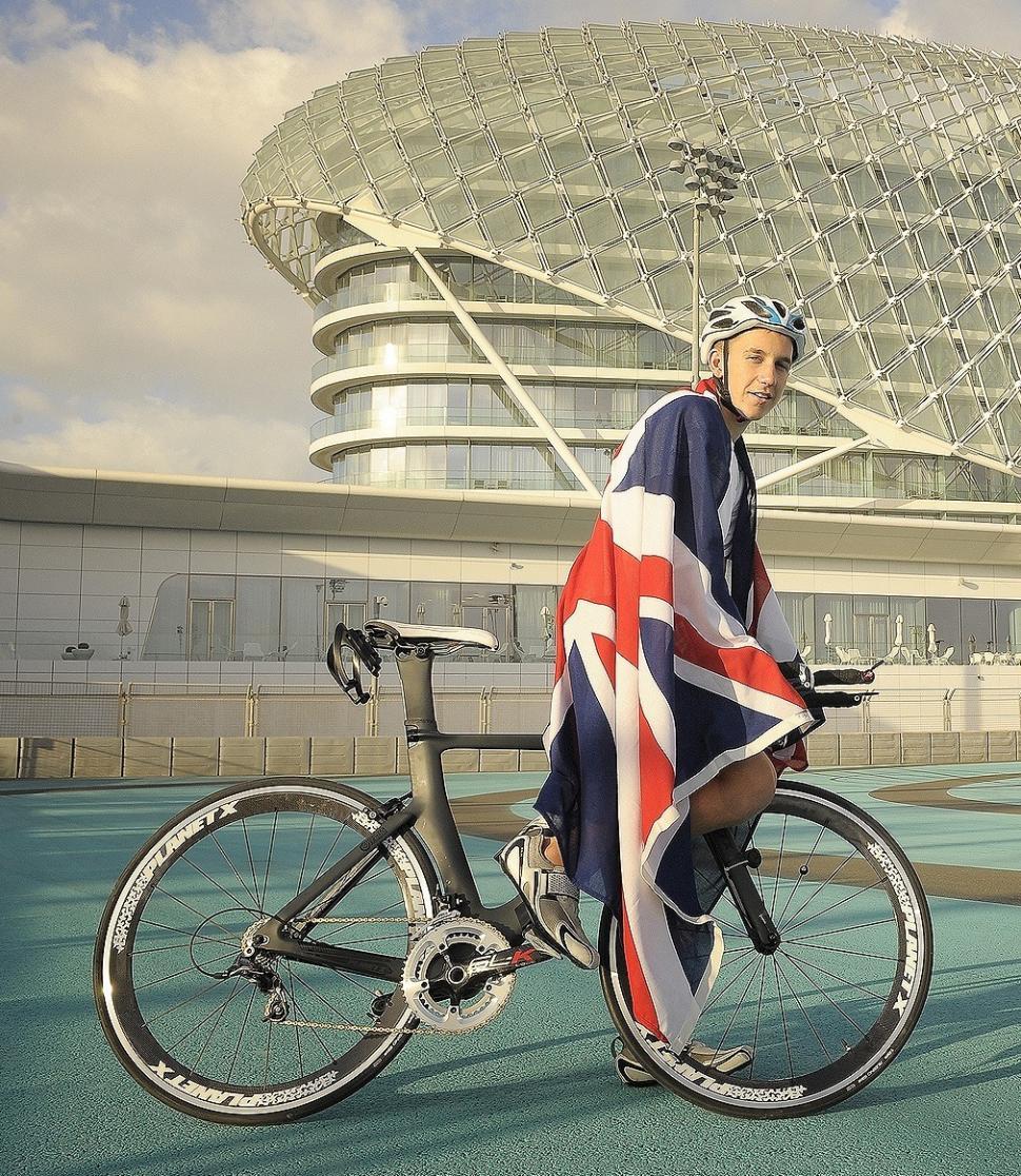 Sam O'Shea Abu Dhabi triathlon