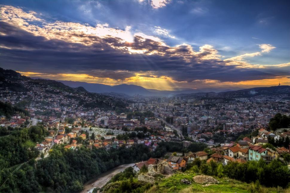 Sarajevo (CC BY-NC-ND 2.0 licenced by Clark and Kim Kays:Flickr)