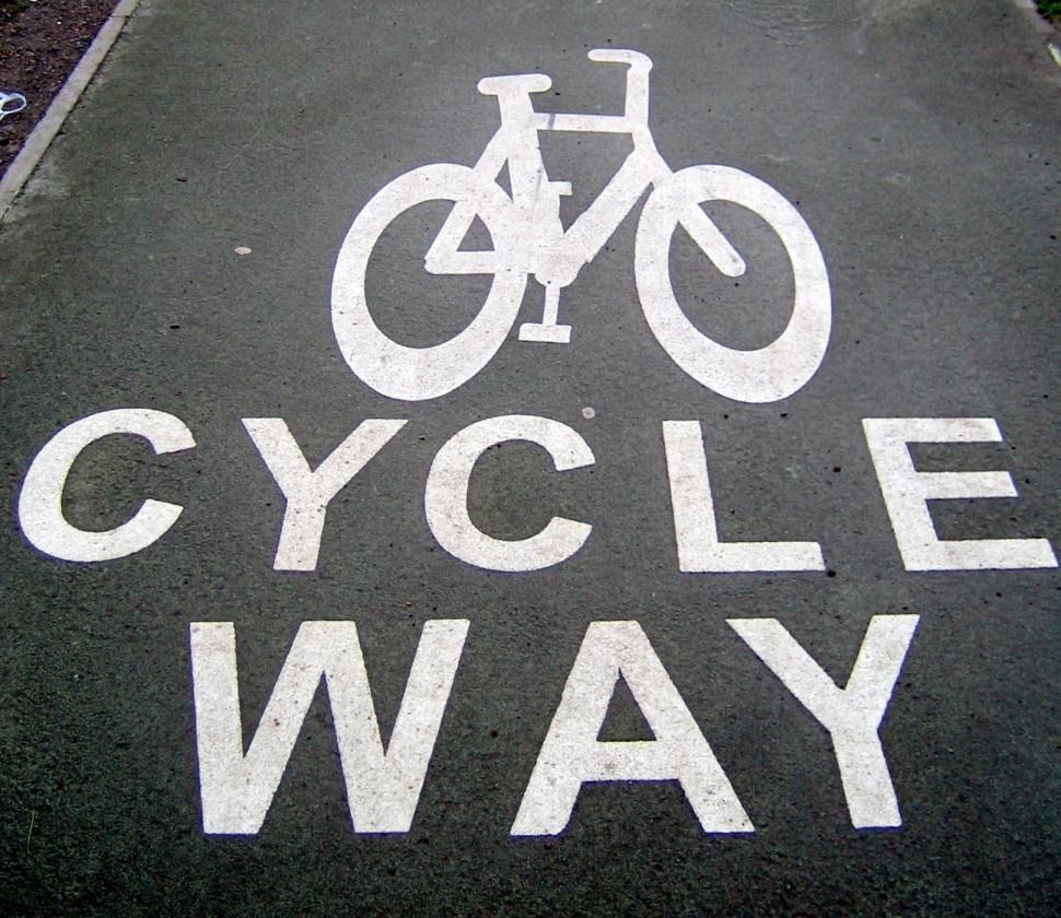 Scottish bike path Edinburgh Image by Flickr user psd