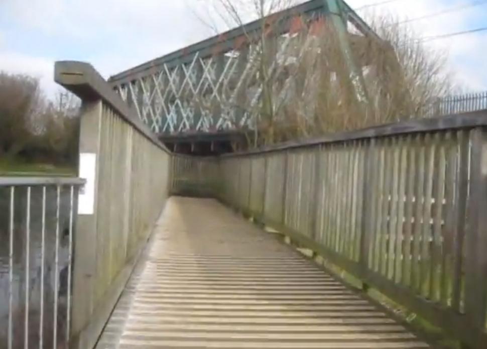 Stourbridge Common Railway Bridge YouTube still (user Rad Wagon)