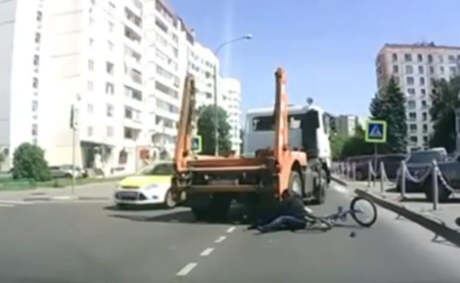 Truck hits Russian teenager