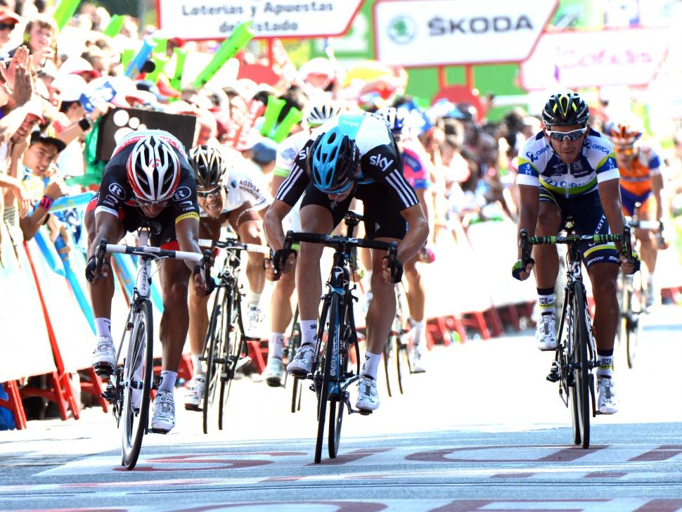 Vuelta 2012 S18 final sprint Bennati beats Swift (copyright Unipublic:Graham Watson)
