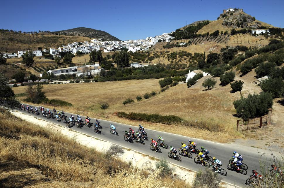 Vuelta 2014 Stage 5 landscape (picture Unipublic, Graham Watson)