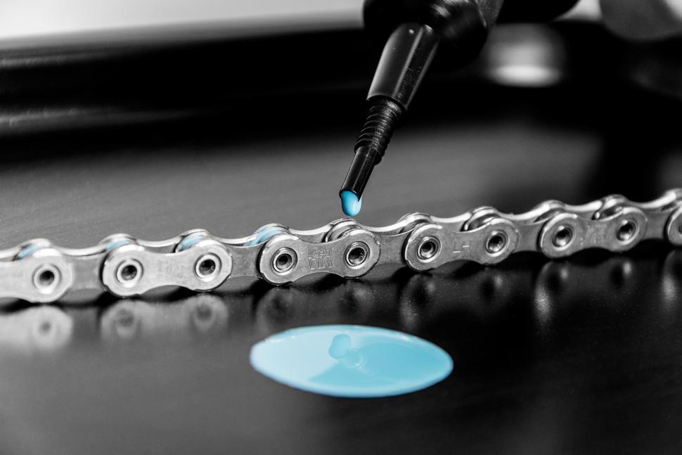 muc-off c4 wax chain lube