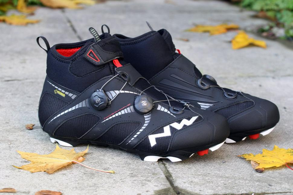 Buy Cycling Shoes Online Uk