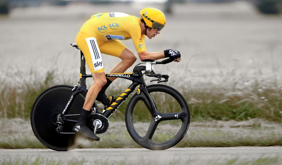 Wiggins TT position in yellow