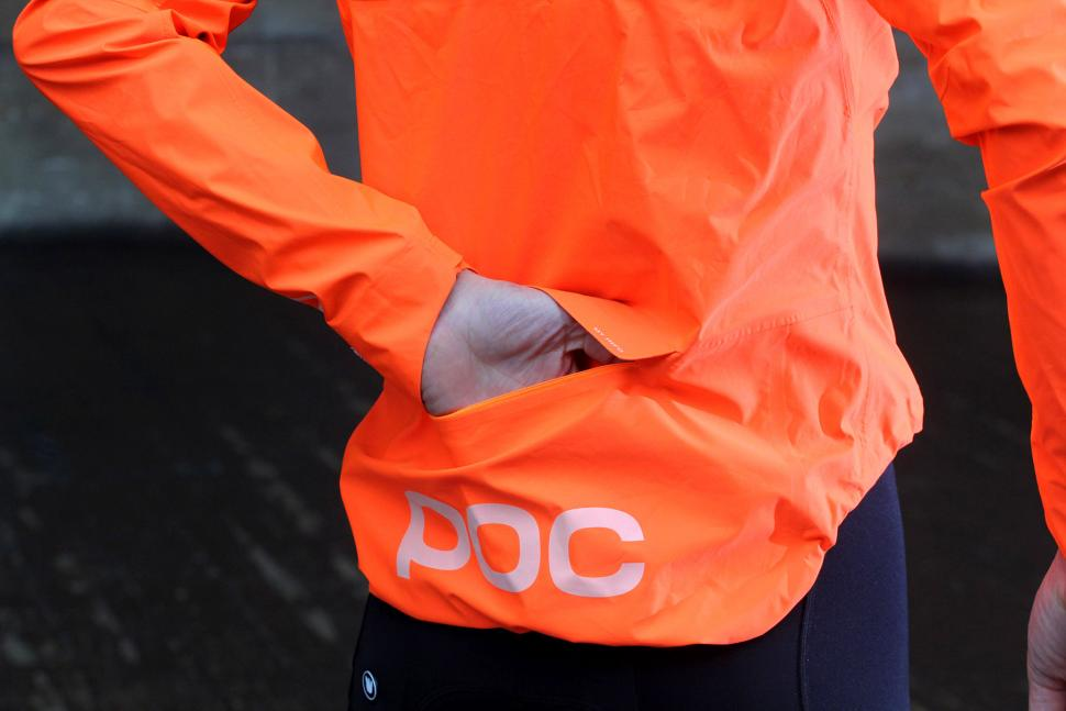 Review Poc Essential Rain Jacket Road Cc