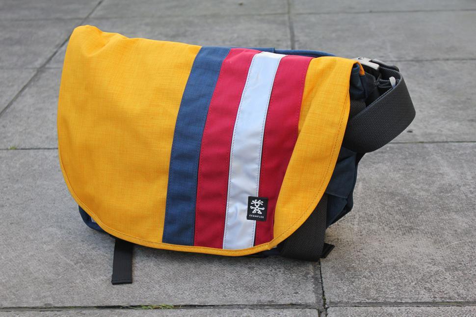 Crumpler Dinky Di messenger bag