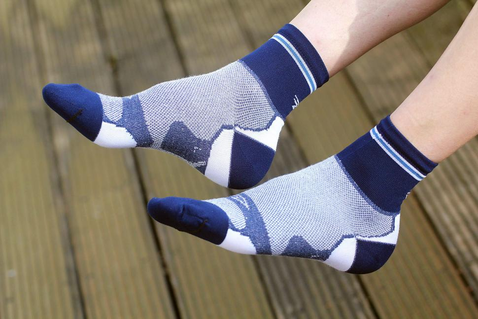 DeFeet Levitator Lite Socks