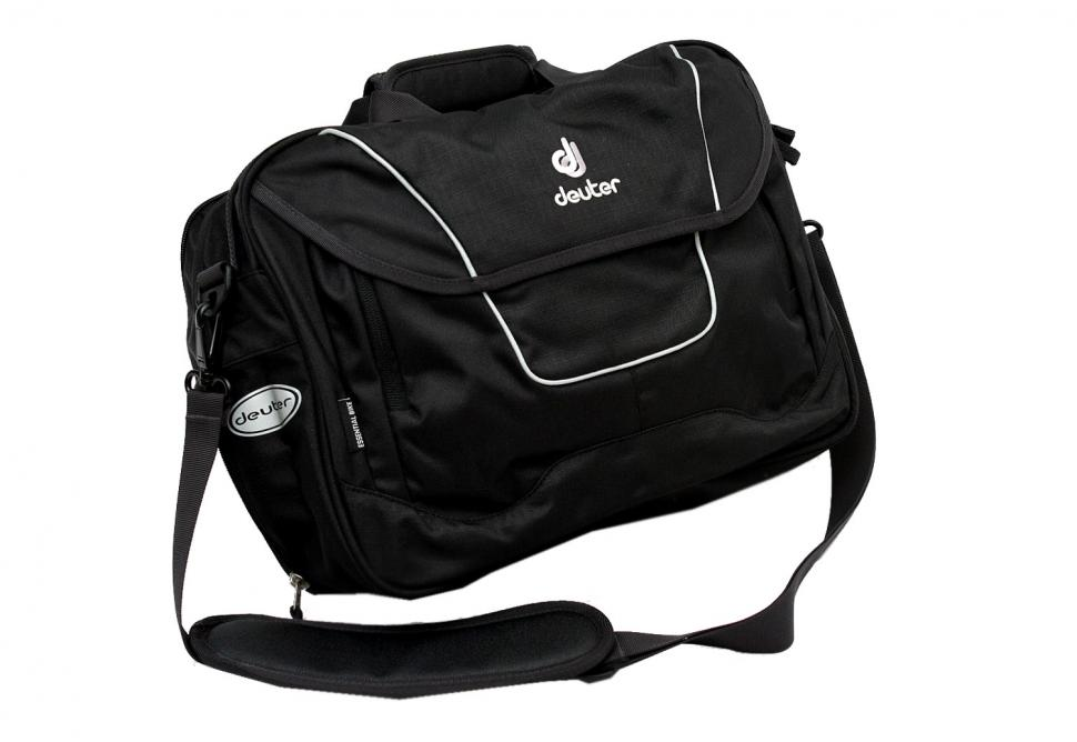 Deuter 32709 Essential bag