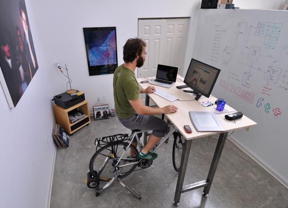 Kickstand Desk