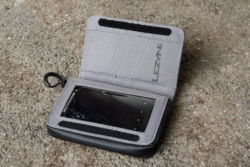 Lezyne Phone Wallet- phone holder