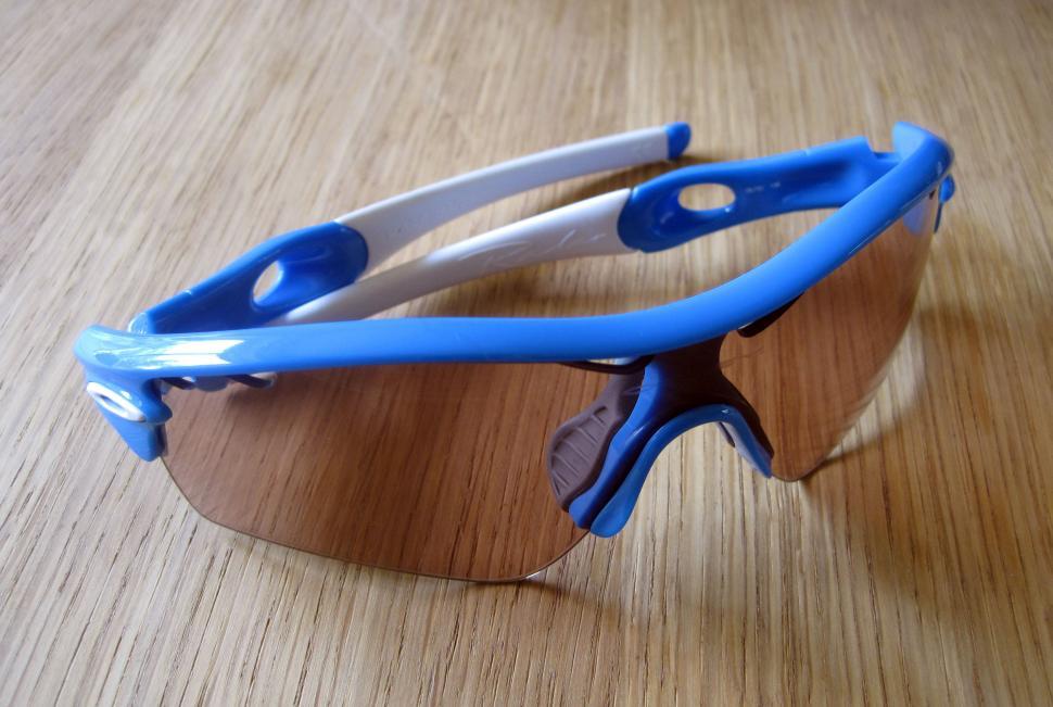 photochromic ski goggles oakley  Review: Oakley Radar Path Photochromic eyewear