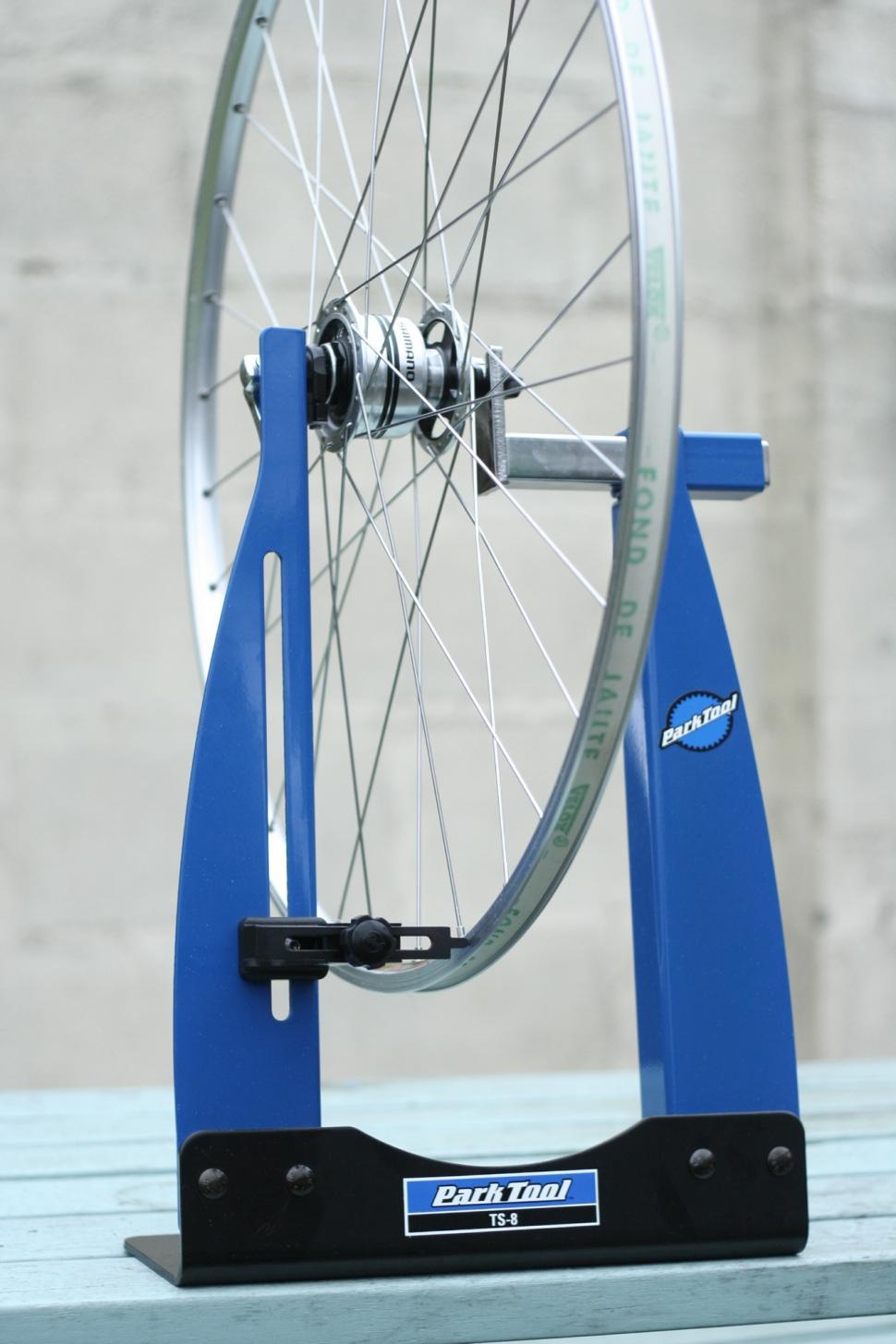 Review Park Tool Ts 8 Wheel Truing Stand Road Cc