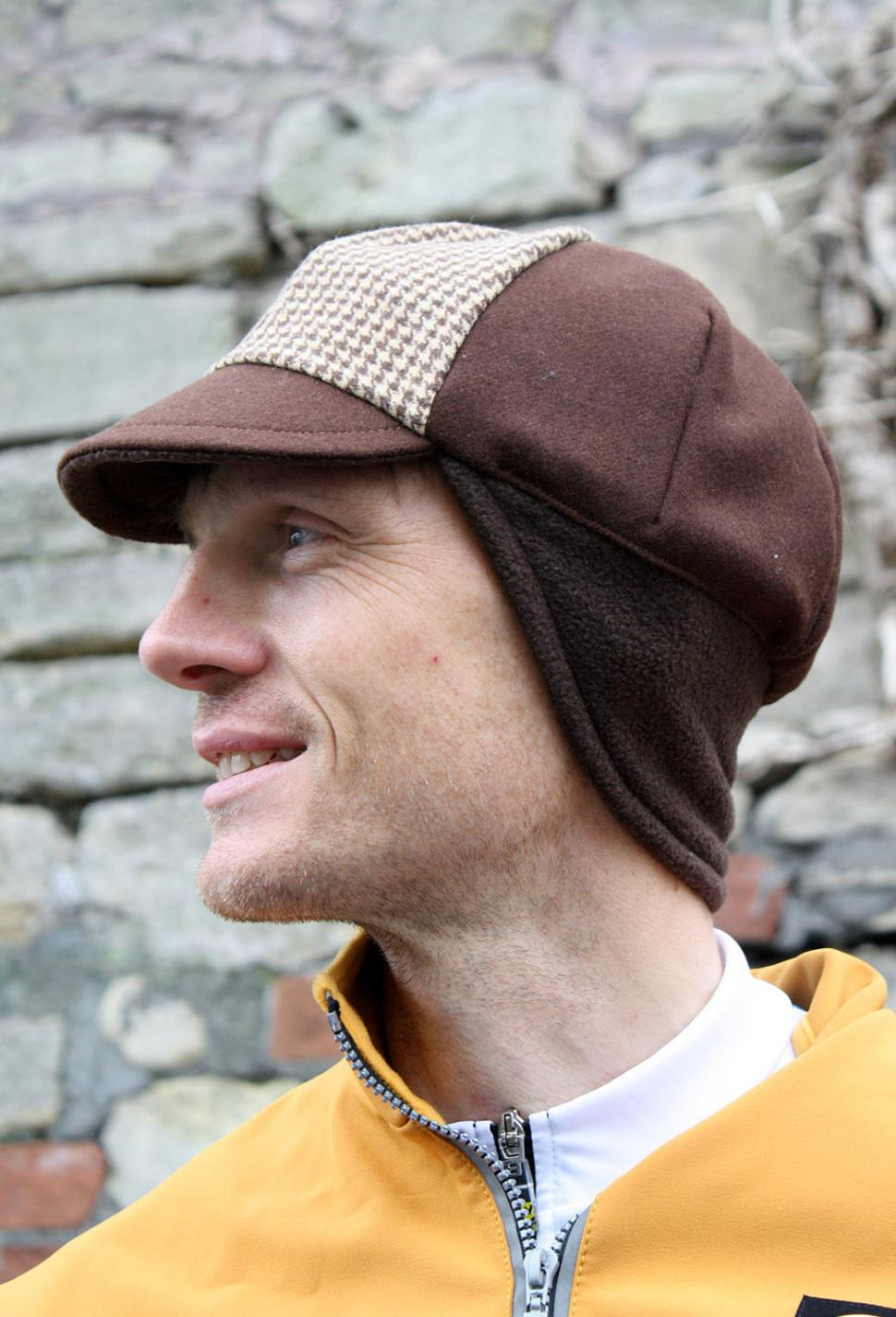 Rothera Cycling Houndstooth winter cap
