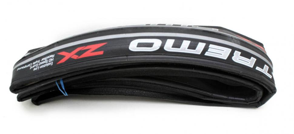 Schwalbe Ultremo ZX tyre