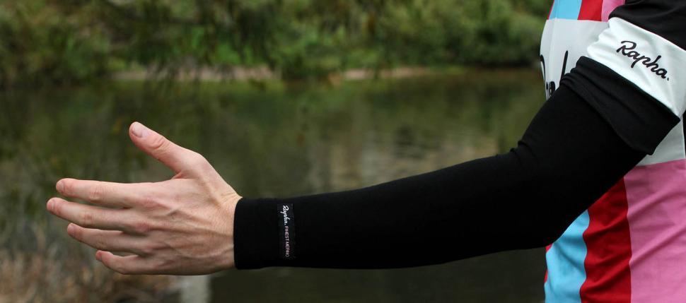 Review Rapha Merino Arm Warmers | Road.cc