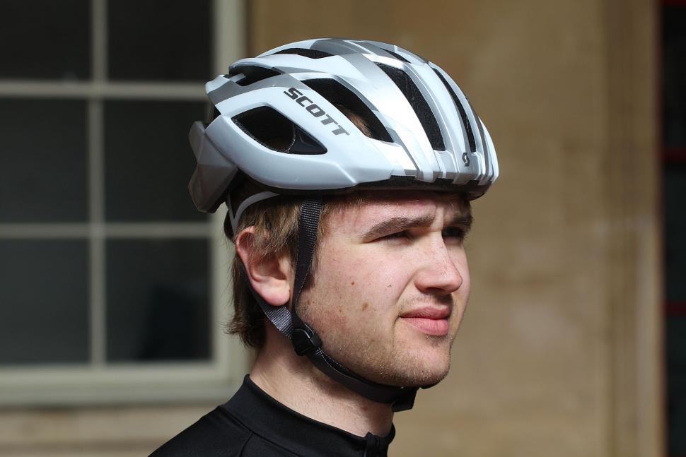 Review Scott Arx Plus Helmet Road Cc