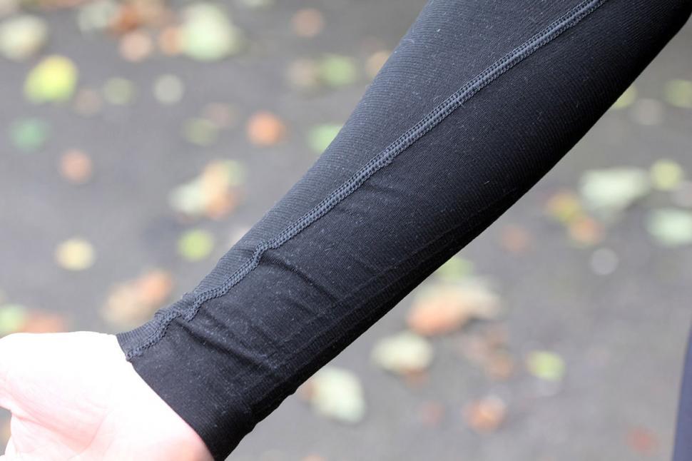 Sportful 2nd Skin Long Sleeve T High Collar - sleeve detail