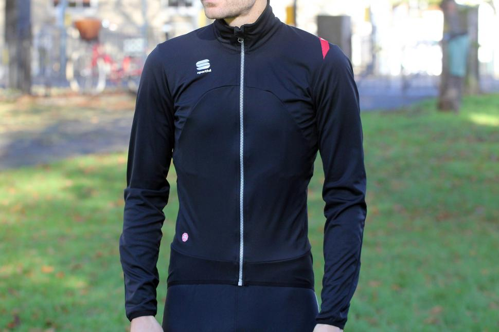 Review Sportful Fiandre Light Ws Jacket Road Cc