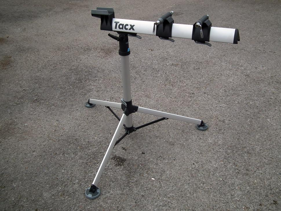 Review Tacx Spider Team Workstand Road Cc
