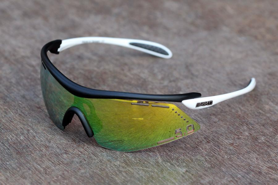 best oakley sunglasses for cycling 2014  best oakley sunglasses for cycling 2014