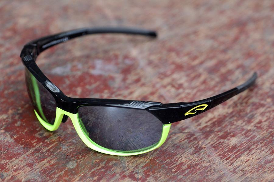 best oakley sunglasses for cycling 2014  smith optics pivlock overdrive