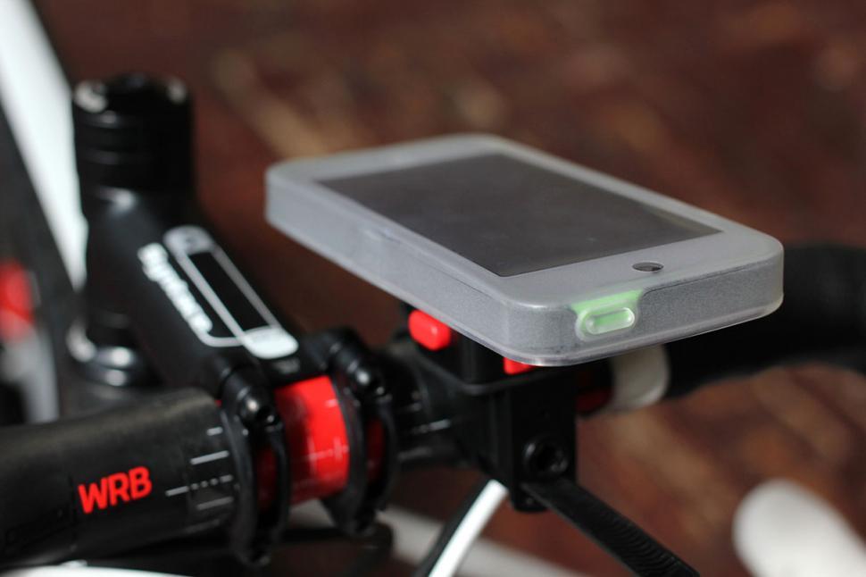 Tigra Sport MountCase for iPhone 5C - top