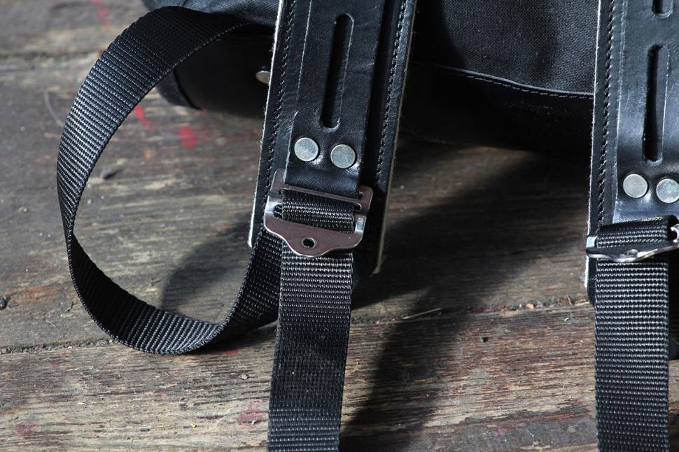 Trakke Findo Backpack - strap detail