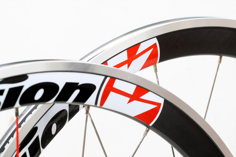 Review Vision Trimax T42 Wheels Road Cc