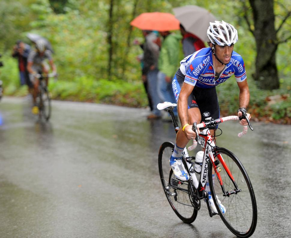 Carlos Barredo attacks to win Stage 15 of the 2010 Vuelta (copyright- Unipublic:Graham Watson)
