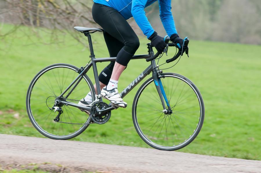 btwin triban 500 road bike riding 1