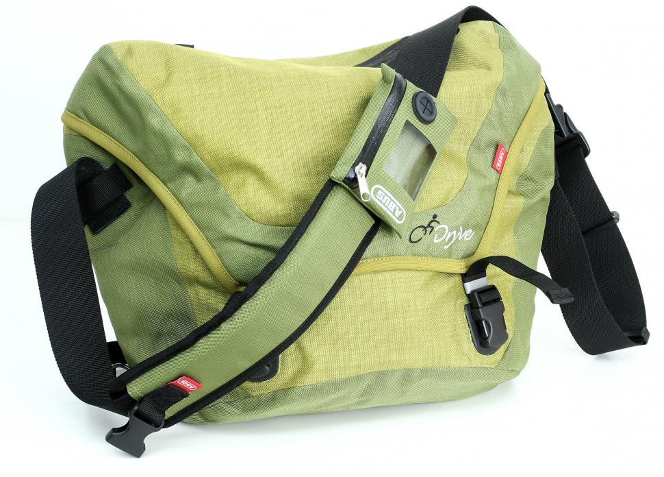 Abus Dryve messenger bag