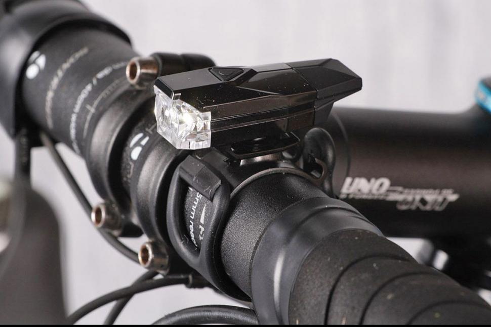 Infiniti Mini-Lava rechargeable USB front light.jpg