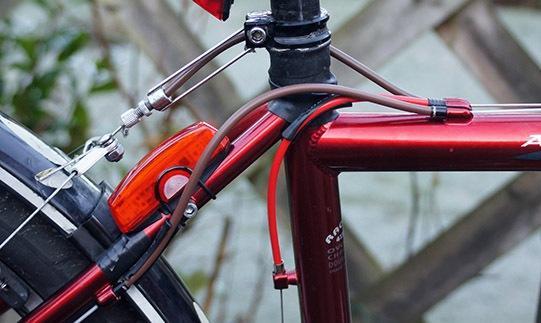 Jagwire Road Elite Sealed Brake Kit - on bike.jpg