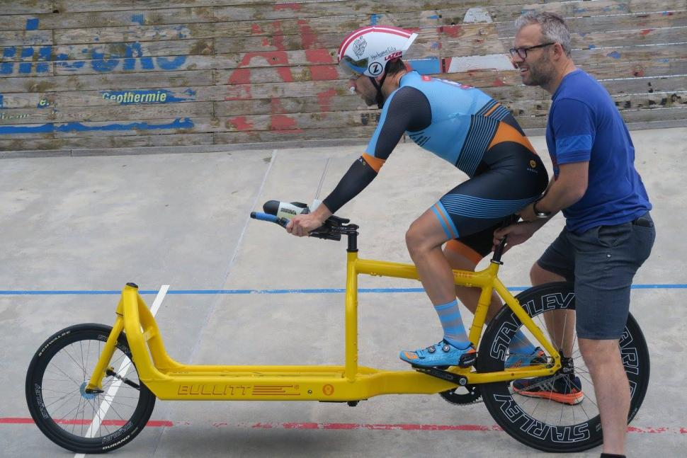 Belgian Man Sets Cargo Bike Hour Record Road Cc