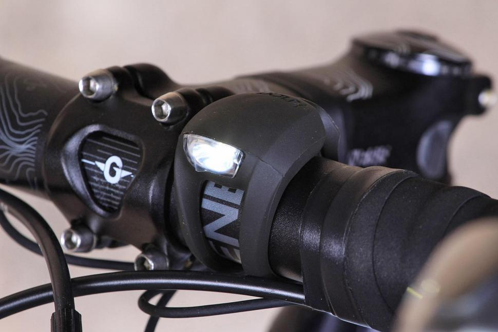 Knog Light Frog Strobe Twin pack Black - front.jpg
