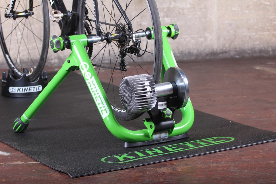Kinetic Road Machine 2.0 Smart