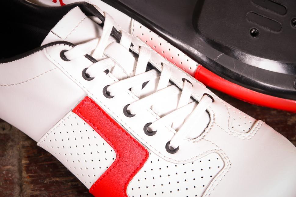 Lake CX 1 Shoes - laces.jpg