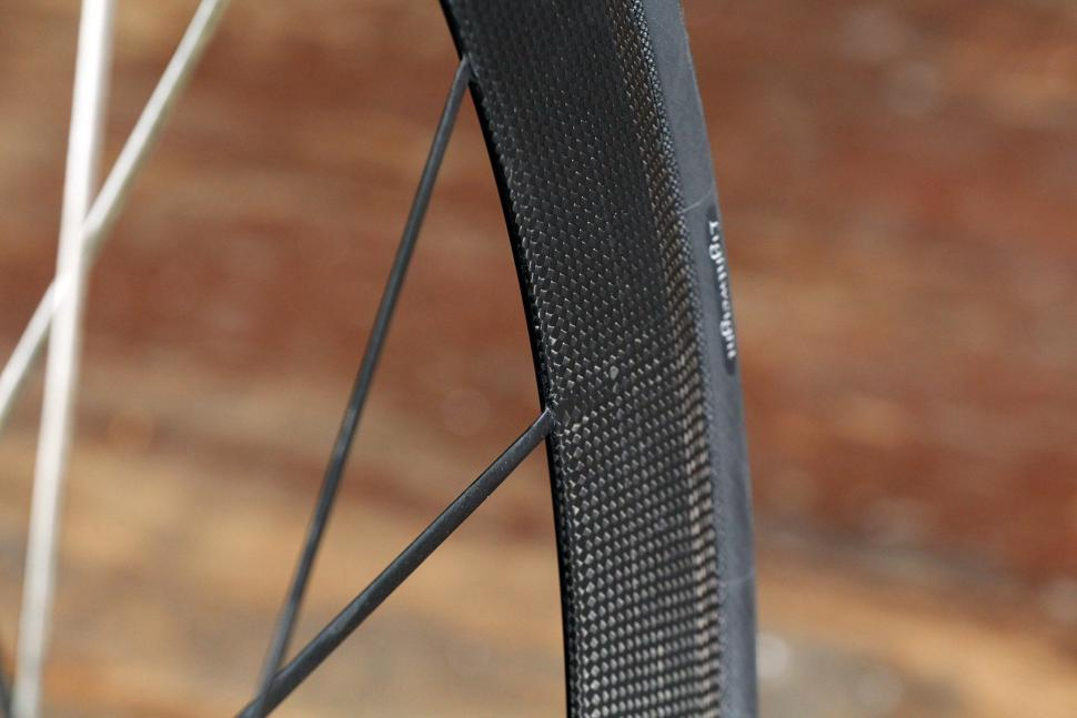 Lightweight Meilenstein Carbon Clincher Disc - spokes.jpg