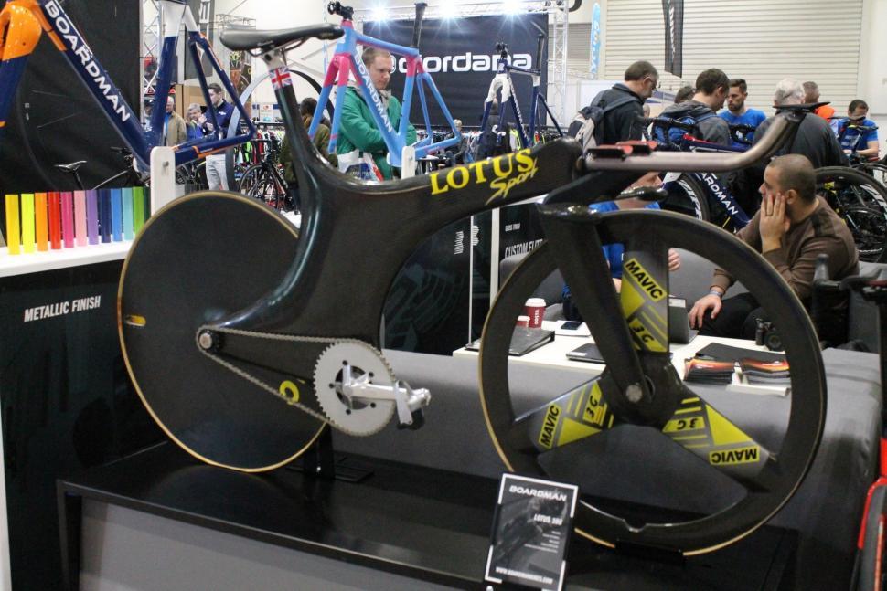 Lotus 108 - 1.jpg
