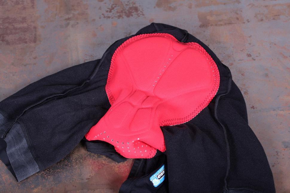 Lusso 2-Zero Thermal Bib Shorts - pad.jpg