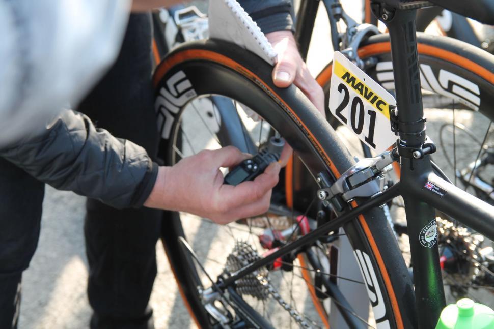 Mark Cavendish Cervelo R3 Mud - 16.jpg