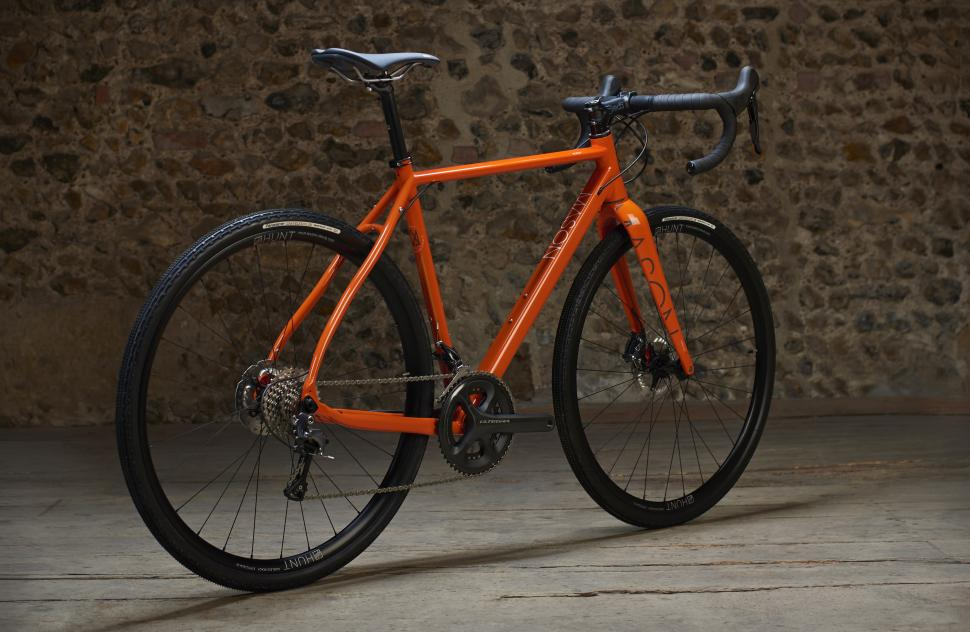 MASON_ORANGE_ULTEGRA_3_4_BACK.jpg