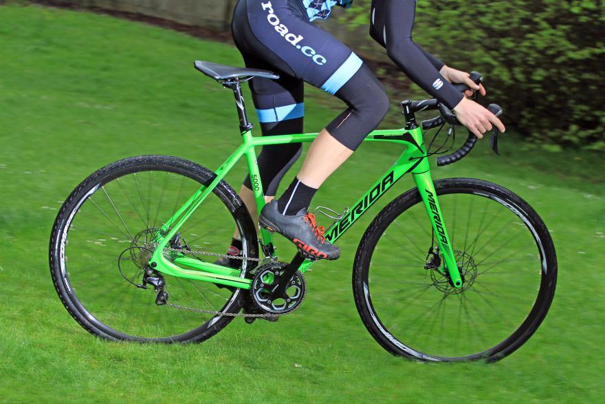 merida-cyclocross-5000-riding-1.jpg