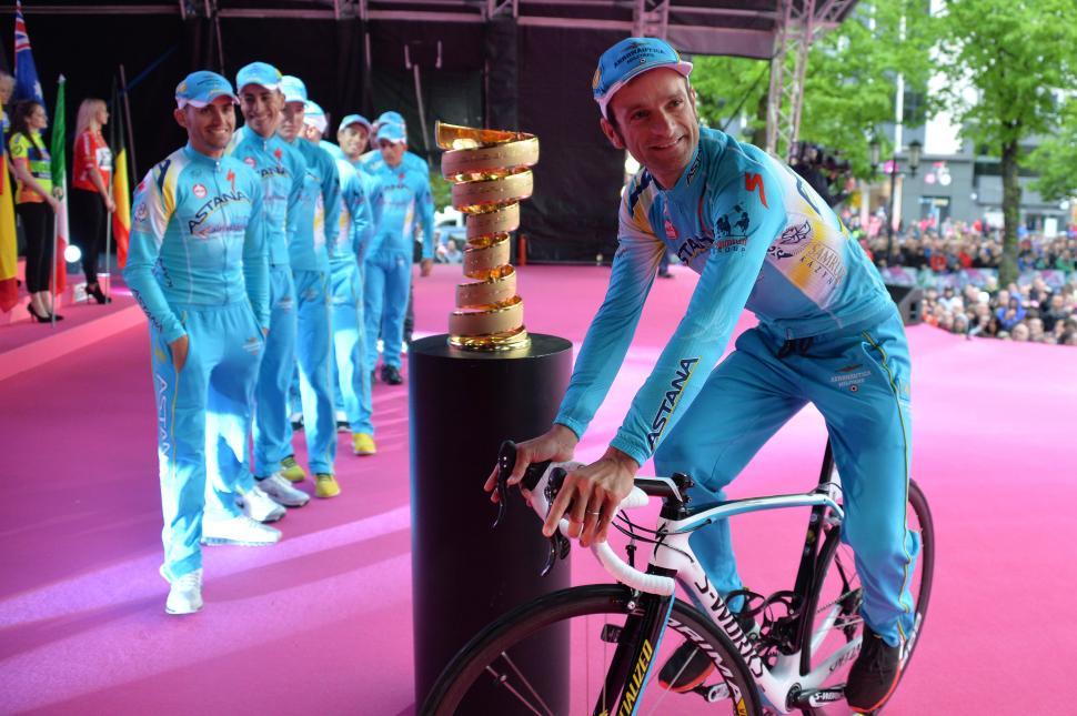 Michele Scarponi at 2014 Giro d'Italia presentation in Belfast (picture Gian Mattia d'Alberto - LaPresse).JPG